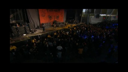 Papa Roach - Lifeline (live @ Crue Fest)