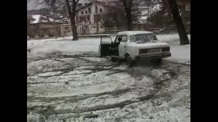 Снежен Дрифт Лада V6