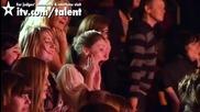 Великобритания Търси Талант !! 32-годишната Лорна разгорещи Публиката