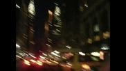 Караме си в Манхатън през ноща