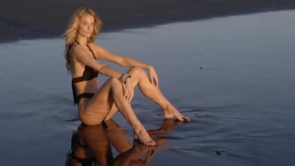 Канадската манекенка Кейт Бок по бански в Бали!