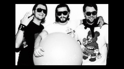Sander Van Doorn and Swedish House Mafia - Reach Out vs. Leave This World Behind