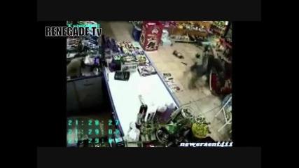 реални убииства заснети от охранителни камери