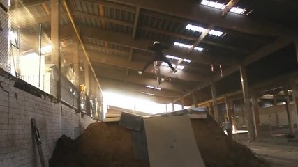 Rideunderroof - first (night) Session Video