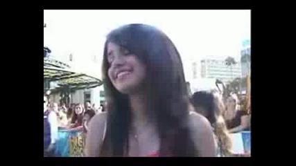 Selena Gomez At HSM2 Premiere