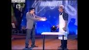Комиците (смях) клиент и готвач се карат ! ! !