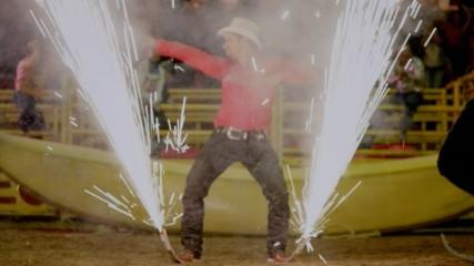 David Guetta - Play Hard (feat. Ne-Yo & Akon) (Оfficial video)
