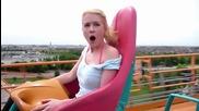 Блондинка Срещу Влакче На Ужасите!!! Смях