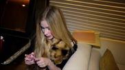 Avril Lavigne - 10 show countdown
