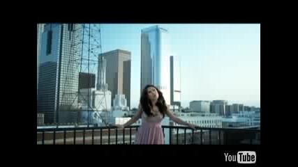 Kristina Debarge - Sabotage + превод