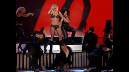 Шок и Ужас на наградите на M T V с изпълнението на Britney Spears
