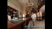 Голи И Смешни - На Рецепцията В Хотела
