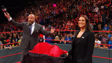 """Triple H and the WWE Universe sing """"Happy Birthday"""" to Stephanie McMahon: WWE.com Exclusive, Sept. 24, 2018"""