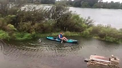 USA: Man kayaks in flooded backyard after Storm Beta makes Texas landfall