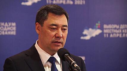 Kyrgyzstan: President Zhaparov votes in constitutional referendum