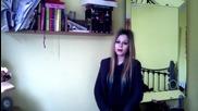 "Двойничка на Avril Lavigne пее песента "" Why """