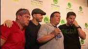 Mark Wahlberg and Brothers Open Wahlburgers