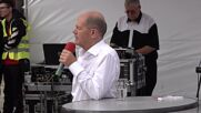 Germany: SPD's Scholz says govt with Greens 'possible' at final campaign rally in Potsdam