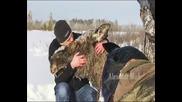 Компилация добри хора спасяват животни