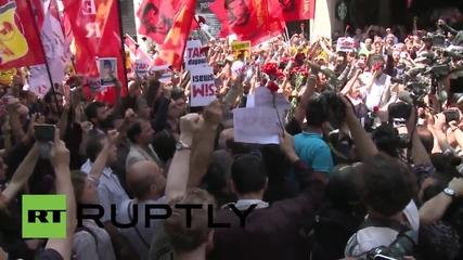 """Турция: Демонстрация отбелязва 2 г. от протестите в """"Таксим"""" и почита Беркин Елван"""