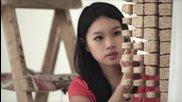Портрет на Джаки Чан от 64,000 пръчици за хранене