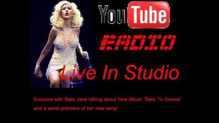 Christina Aguilera говори за си албум + и песен