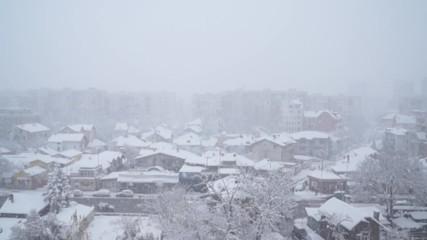 Първи сняг в София за зима 2016-17.
