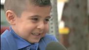 Репортерка направи детето разревано на първия си учебен ден