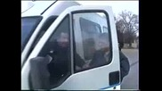 Remi Gaillard - Глобява полицай за неправилно паркиране