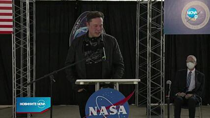 Безос иска да открадне договор на Мъск с НАСА
