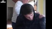 Дует между баба и внук