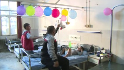 Syria: Patients treated in Al Razi hospital following alleged chemical weapons attack