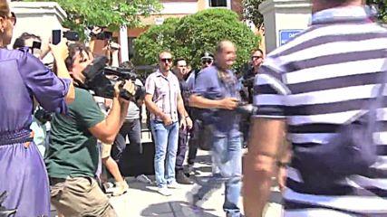 Greece: Alleged Turkish coup plotters seeking asylum arrive to court in Alexandroupoli