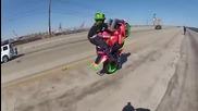 Как се кара на задна гума с мотор