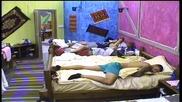 Богданов и Кирил се покриха в Спалнята