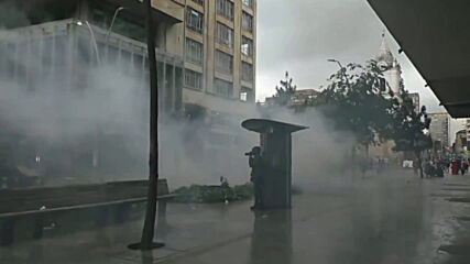 Colombia: Tear gas flies during confrontations on eighth day of protests in Bogota