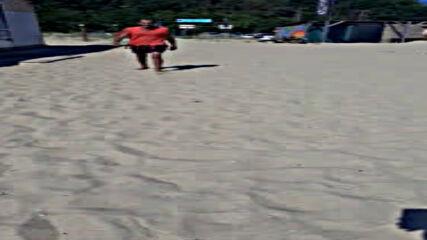 """""""Моята новина"""": Затънал автомобил на плажа на Шкорпиловци"""