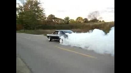 Camaro Ss 1969 Burnout