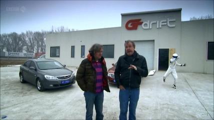 Смях! Китайският братовчед на Стиг пребива екипа на Top Gear