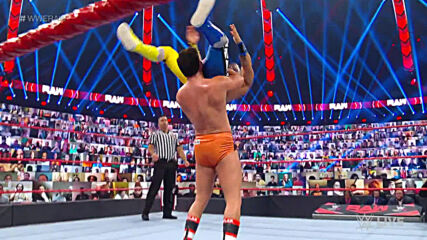 Lucha House Party vs. Akira Tozawa & Drew Gulak: Raw, Oct. 26, 2020