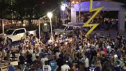 USA: Lightning fans bring down light pole in Stanley Cup celebration frenzy
