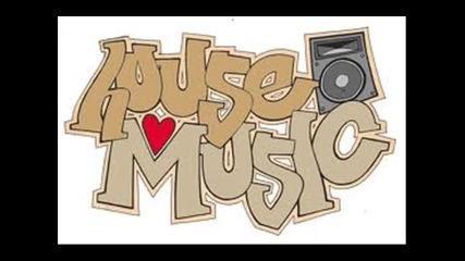 House 2011 , Basss