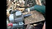 Хитър начин за цепене на дърва