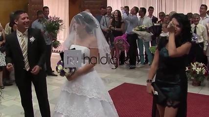 Спасиха младоженеца от огромна грешка : D