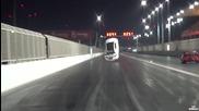 Много мощен Lexus буквално излита по пистата..
