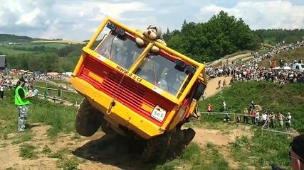 Truck Trial 2011 - Velk