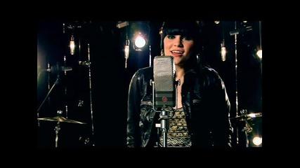 *sub* Jessie J ~ Price Tag (2010)