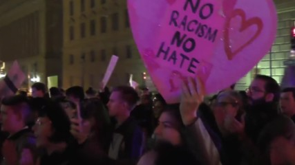 USA:  'Not my President' say hundreds of protesters at Trump's DC hotel