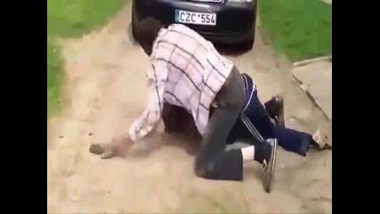 Пияни литовци се млатят