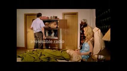 Реклама - Sky Radio - Мъж Хваща Жена Си С Любовник
